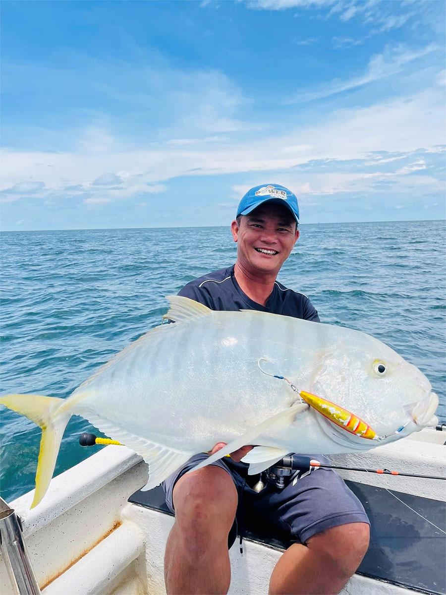 Maxel海钓铁板慢摇鼓轮R系列R20渔获GT牛港鲹(马来西亚钓场)